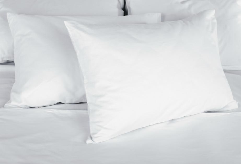 Ένα Πανεύκολο Tip που θα Κάνει τα Μαξιλάρια σας και Πάλι Λευκά!