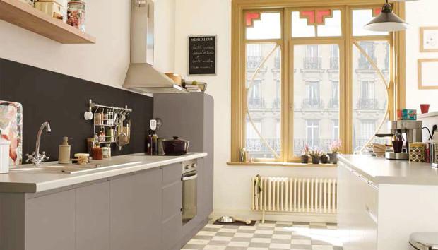 Μπάνιο + Κουζίνα: DIY Εύκολη και Οικονομική Ανακαίνιση με 4 Έξυπνες Αλλαγές!