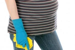 Στη διάρκεια της εγκυμοσύνης, προτιμήστε οικολογικά προϊόντα καθαρισμού και οικολογικά χρώματα για τους τοίχους.