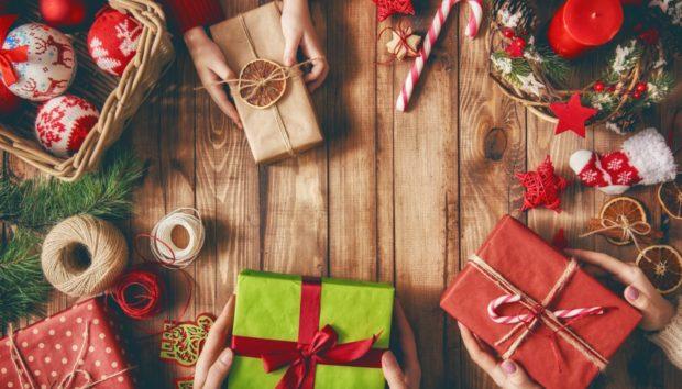 Ο Σπύρος Πήρε Όλα τα Δώρα για τα Αγαπημένα του Πρόσωπα Μέσα σε 1 Ώρα!