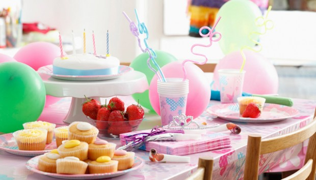 10 βήματα για να οργανώσετε το τέλειο παιδικό πάρτυ γενεθλίων