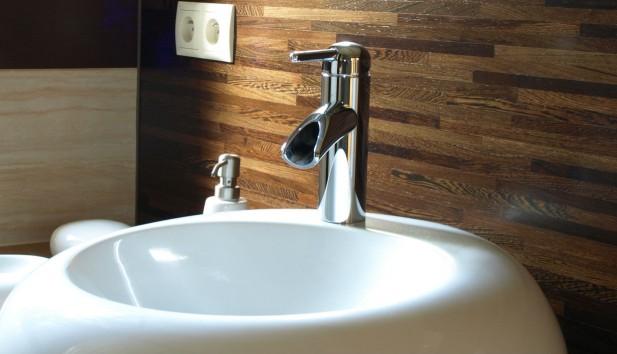 Διαλέξτε σωστά μπαταρία μπάνιου