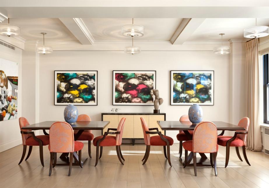 Αντί να διακοσμήσετε την τραπεζαρία σας με ένα τραπέζι, βάλτε δύο!