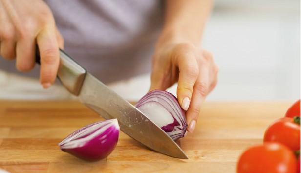 Γνώριζετε Πώς να Απαλλαγείτε από τη Σκουριά στα Μαχαίρια;