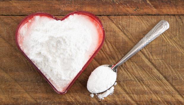 2 Εύκολες Φυσικές Συνταγές για τους πιο Δύσκολους Λεκέδες στην Κουζίνα σας!