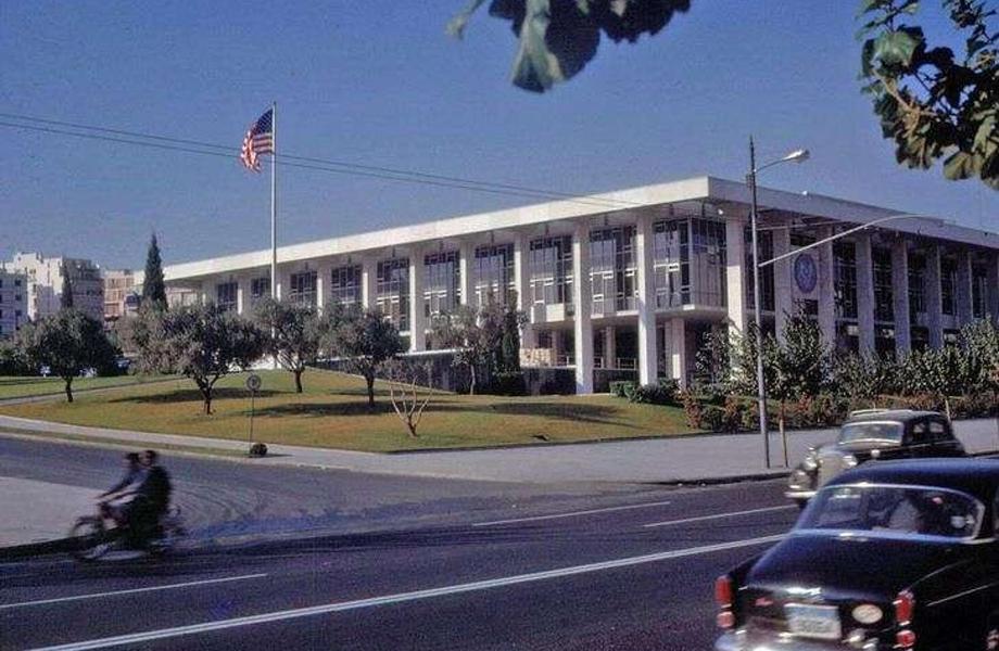 Η νεόδμητη αμερικάνικη πρεσβεία στην Βασιλίσσης Σοφίας.