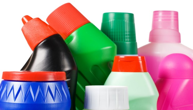 Χρησιμοποιήστε τα Καθαριστικά του Σπιτιού με Ασφάλεια