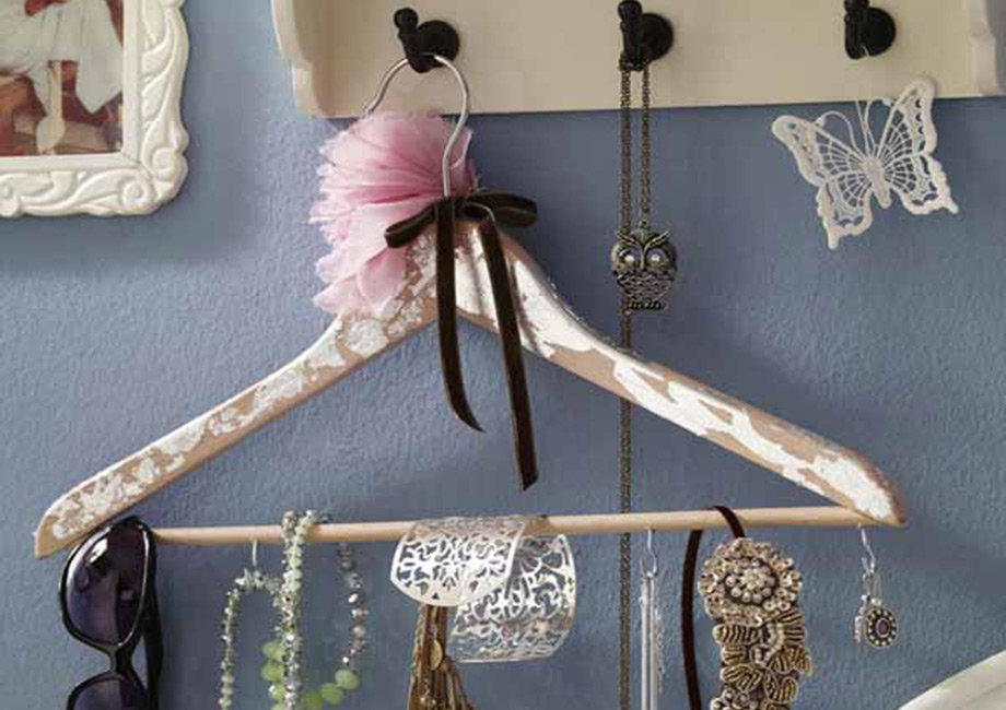 thehomeissue_hangers01