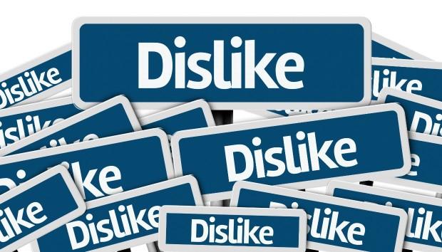 Εσείς Θα Θέλατε να Δείτε Κουμπί Dislike στο Facebook;