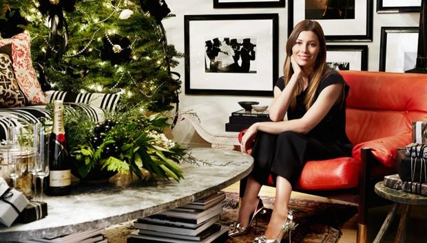 Η Τζέσικα Μπίελ Σχεδιάζει το πιο Όμορφο Χριστουγεννιάτικο Καθιστικό