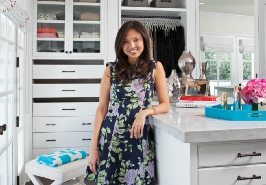 H Lisa Adams μας δίνει τιπς για την οργάνωση της τέλειας ντουλάπας