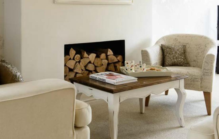 Τα ξύλα δίνουν ζεστασιά σε έναν χώρο