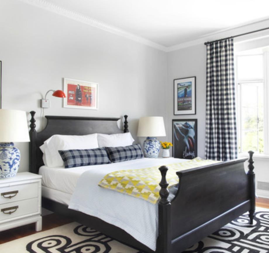 Οι καρό κουρτίνες ταιριάζουν τέλεια σε μονόχρωμους χώρους