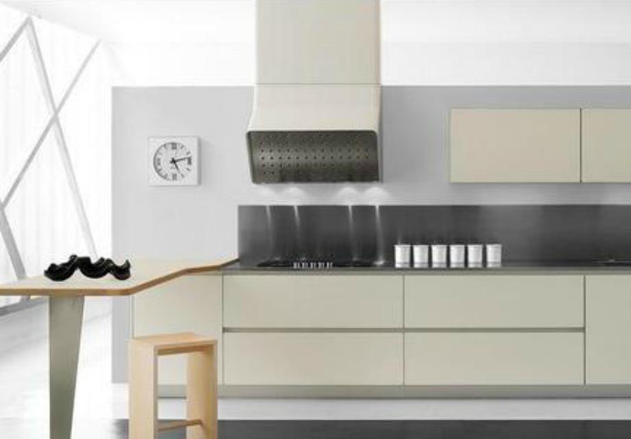 Ο συνδυασμός διαφορετικών υλικών δημιουργεί μία πολύ δυνατή εικόνα στην κουζίνα σας