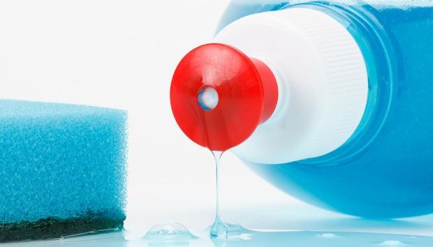 Απορρυπαντικό Πιάτων: Πρωτότυπα Πράγματα που Μπορείτε να Κάνετε με Αυτά