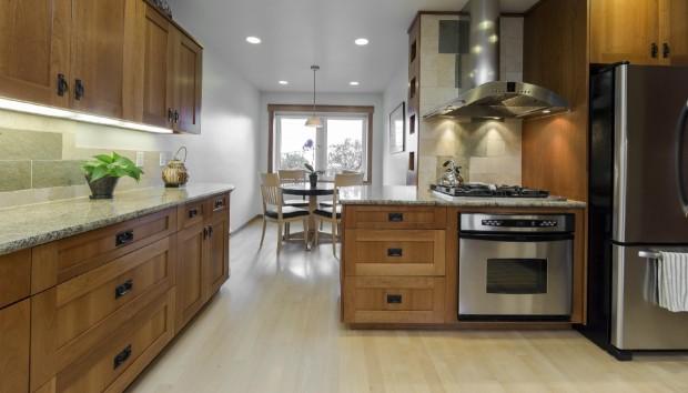 Μάθετε τα Ιδανικά Υλικά για το Πάτωμα της Κουζίνας σας