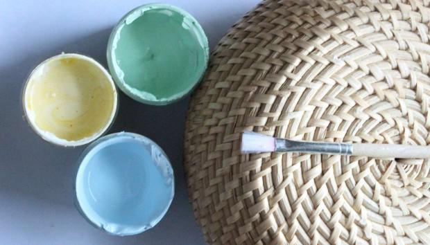Καλοκαιρινό DIY: Ανανεώστε τα Ψάθινα Καλάθια σας Μόνο με Ένα Χέρι!