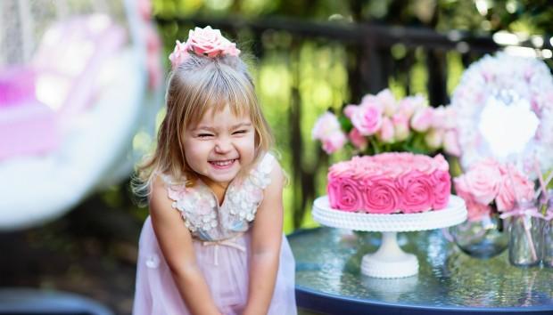 12 Οικονομικές και Έξυπνες Ιδέες για το Απόλυτο Παιδικό Πάρτι Γενεθλίων