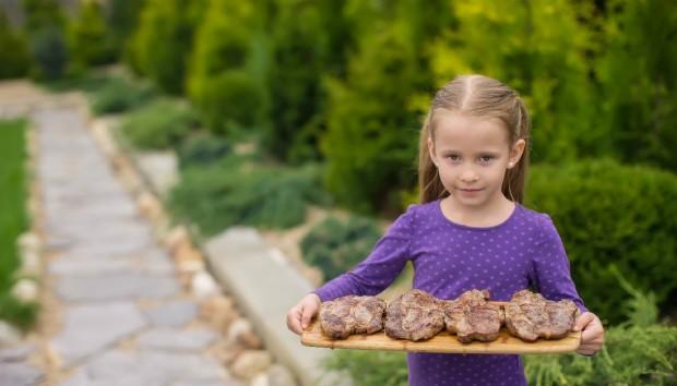 Χοιρινό ή μοσχάρι να προτιμήσω για το γεύμα των παιδιών;