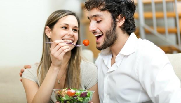 Η διατροφολόγος των σταρ Madeleine Shaw αποκαλύπτει την τροφή που πρέπει να κόψετε μια και καλή!