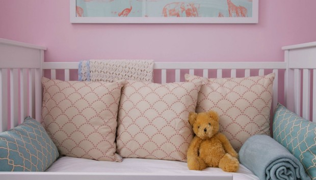 Πριν και Μετά: 6 Κινήσεις για να Φτιάξετε ένα Κοριτσίστικο Παιδικό Δωμάτιο με Άποψη