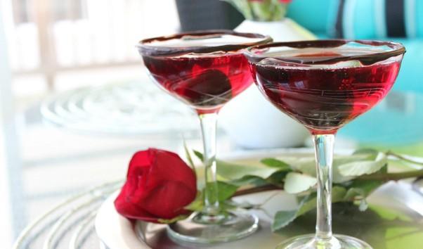 Άγιος Βαλεντίνος: 6 Ποτά για Ερωτευμένους