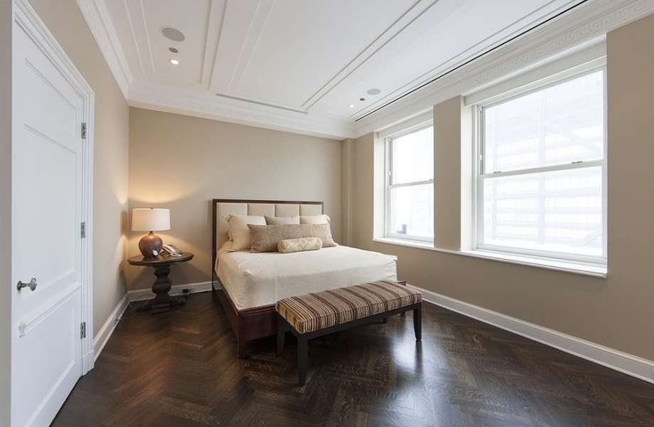 Όλα τα υπνοδωμάτια του σπιτιού χαρακτηρίζονται από απλότητα.