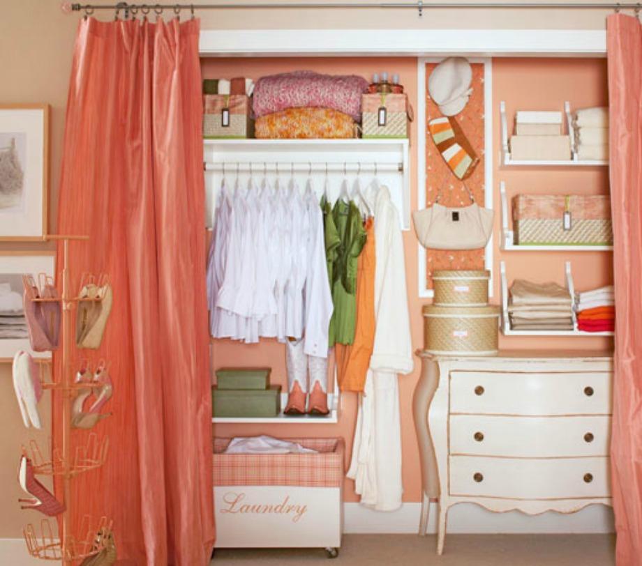 Γιατί να μην πάρετε ιδέες και από την ντουλάπα με τα ρούχα;