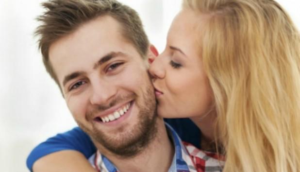 8 καθημερινές συνήθειες των σούπερ ευτυχισμένων ζευγαριών!
