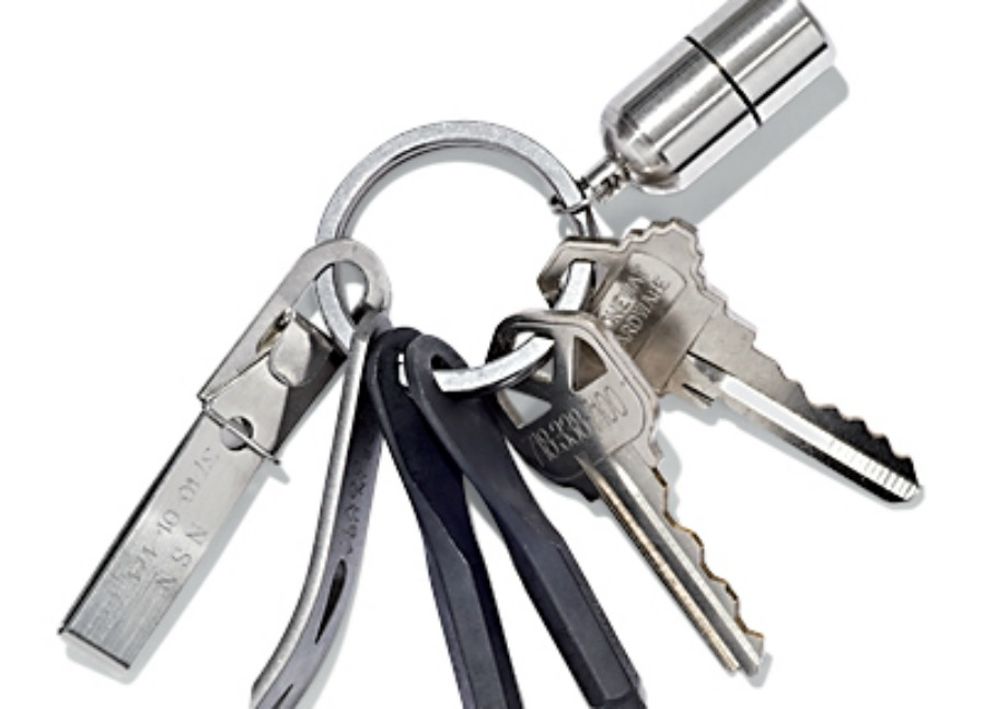 Βάλτε στα κλειδιά σας διάφορα μικροεργαλεία. Θα σας σώσουν πολλές φορές από δύσκολες καταστάσεις