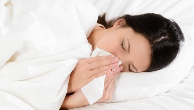 9 Πράγματα στο Υπνοδωμάτιο που Βλάπτουν την Υγεία σας