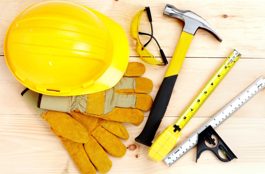 Αν κάνετε ολοκληρωτική ανακαίνιση στο σπίτι σας, οπλιστείτε με μπόλικη υπομονή και μην την ξεκινήσετε αν δεν είστε 100% σίγουροι για τις δυσκολίες που θα περάσετε μέχρι να γίνουν όλα όπως τα θέλετε