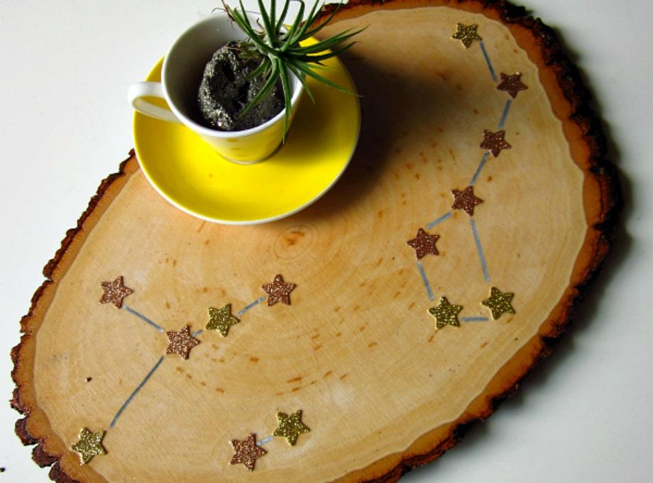 Χρησιμοποιήστε ένα κομμάτι ξύλου πλακέ για δίσκο