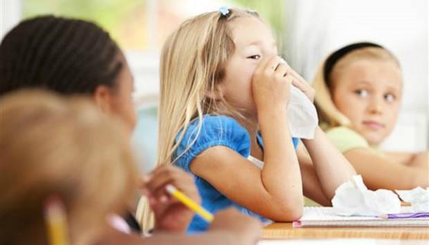 Τι πρέπει να προσέχουν οι μαθητές για να μην κολλήσουν γρίπη στο σχολείο;