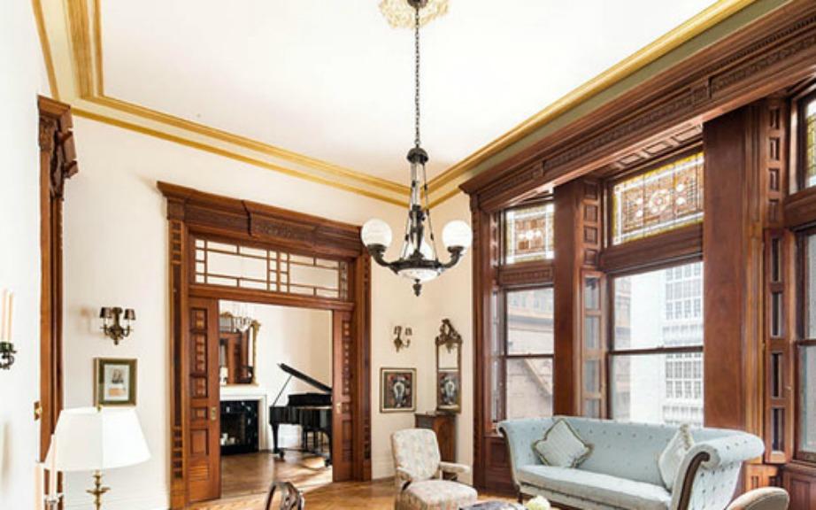 Η ηθοποιός έχει διατηρήσει ανέπαφα πολλά στοιχεία από την αρχική αρχιτεκτονική του σπιτιού