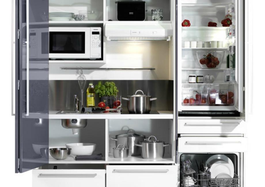 Βάλτε σε τάξη την κουζίνα προσθέτοντας ράφια, ντουλάπια και αποθηκευτικούς χώρους