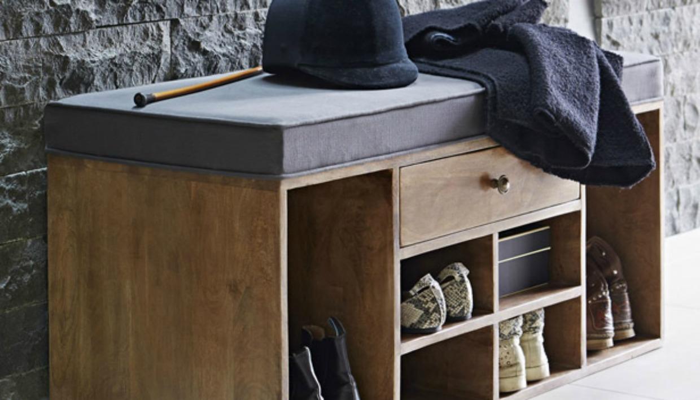 Τα ανοιχτά ντουλάπια είναι μόδα και δίνουν ζεστασιά σε έναν χώρο
