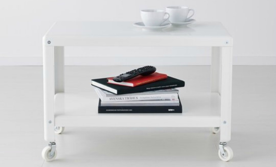 Ακουμπήστε πάνω στο τραπεζάκι σας περιοδικά και βιβλία