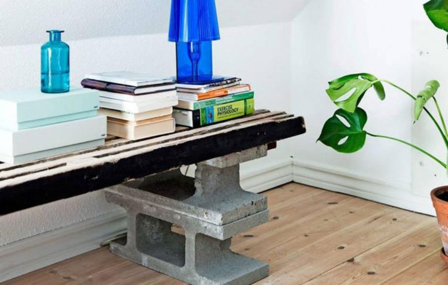 Τραπέζι-πάγκος που συνδυάζει ξύλο με μάρμαρο