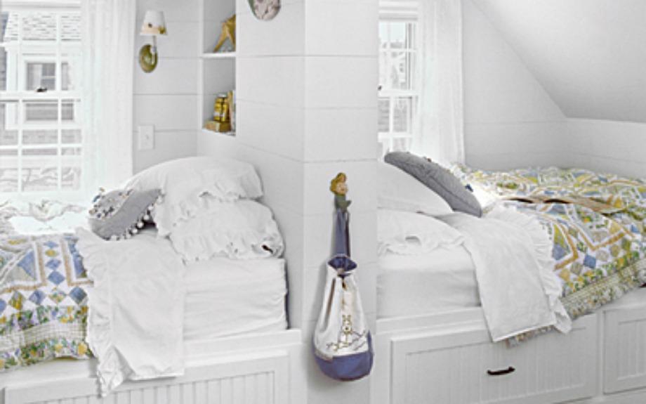 Τα κρεβάτια πλάτη με πλάτη δίνουν περισσότερο χώρο στο κάθε παιδί