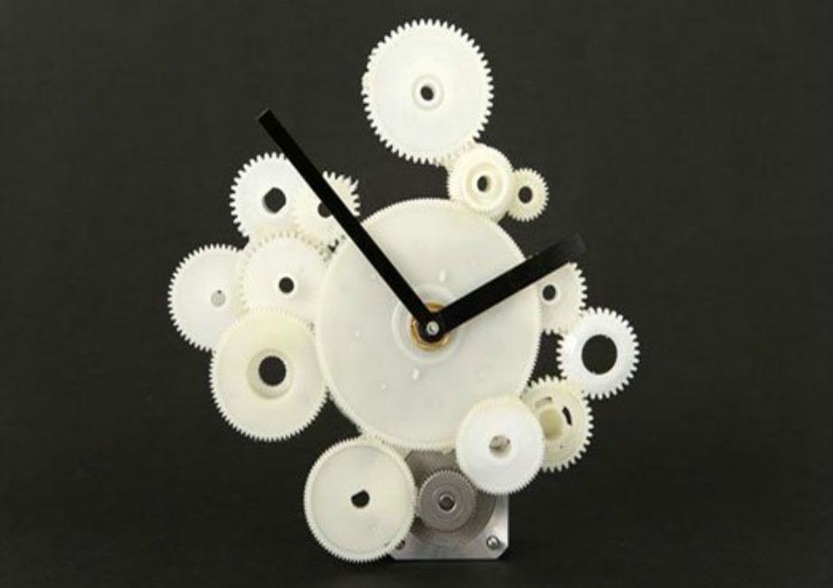Με τα κομμάτια από το εσωτερικό του εκτυπωτή σας μπορείτε να φτιάξετε ένα ρολόι
