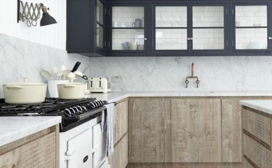 Ο vinatge φούρνος προσθέτει ακόμα περισσότερο στιλ στην κουζίνα