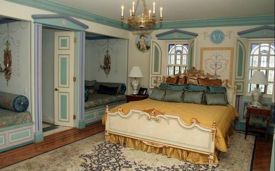 H Wedgewood Suite