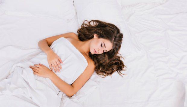 Απίστευτη Έρευνα Αποκαλύπτει: Ξεκινήστε να Κοιμάστε Γυμνοί