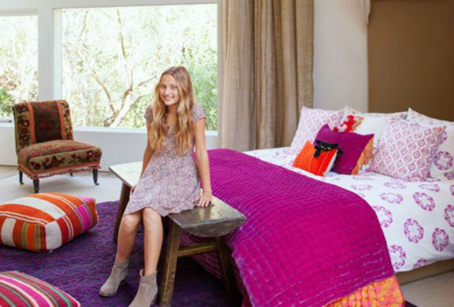 Το υπνοδωμάτιο της Talula είναι γεμάτο χρώμα