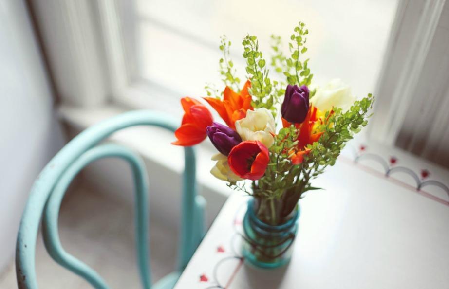 Δεν υπάρχει πιο όμορφο διακοσμητικό από ένα μπουκέτο φρέσκα λουλούδια από τον αγρό