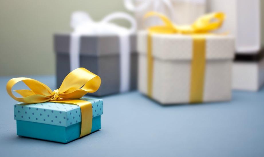 Επιλέξτε όμορφα δώρα που ανταποκρίνονται στα άτομα που παντρεύονται