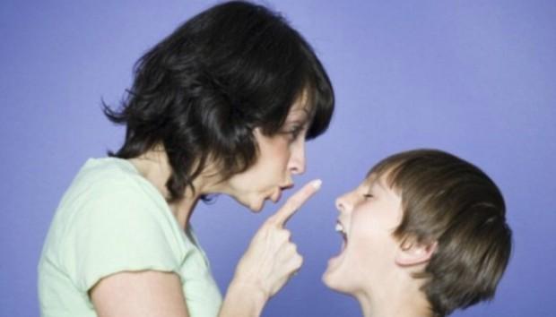 10 Στιγμές που Ευχηθήκατε να Μιλούσε Λιγότερο το Παιδί σας!