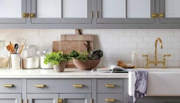 Φτιάξτε μια Διαχρονικά Πανέμορφη Κουζίνα Μόνο με μια Παρέμβαση