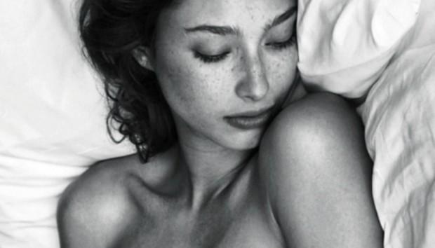 4+1 Λόγοι που Πρέπει να Κοιμάστε Γυμνοί